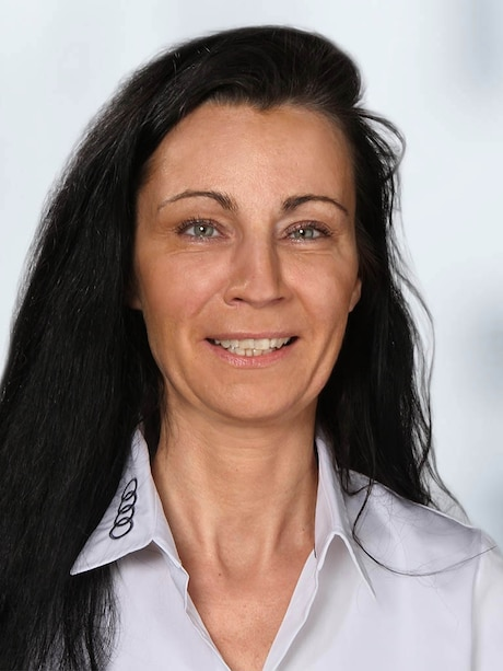 Diana  Theiß